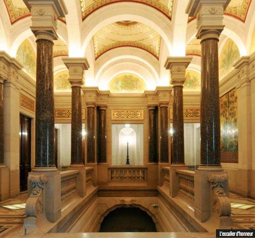 Le Comptoir National d'Escompte de Paris : l'escalier d'honneur
