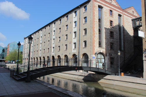 Les entrepôts du Pont de Flandre - Le bâtiment du Club Méditerranée