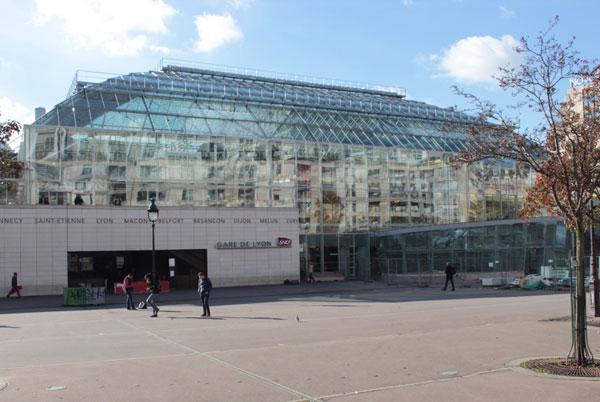 La gare de Lyon : la grande verrière située au nord