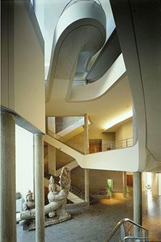 Le Musée Guimet - L'escalier