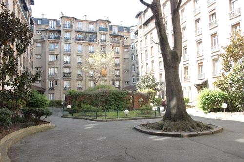 HBM, avenue Daumesnil - Cour intérieure