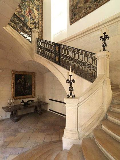 L'hôtel de Guénégaud : le célèbre escalier à jour central