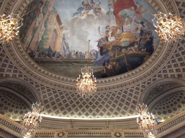 L'Hôtel des Monnaies  : le plafond de la salle d'honneur