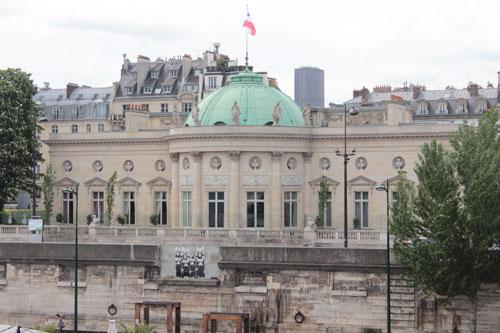 L'hôtel de Salm - La façade sur la Seine