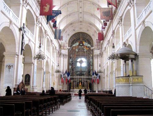 L'église des Invalides - La nef