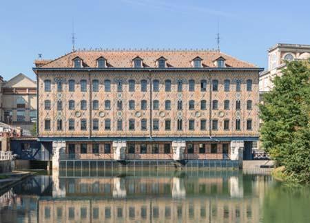 Le moulin Saulnier (Noisiel) - Ancienne chocolaterie Menier devenue le siège de Nestlé France