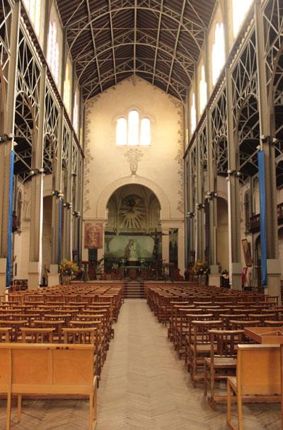 L'église Notre-Dame du Travail - La nef