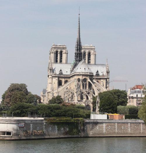 La cathédrale Notre-Dame de Paris - Le chevet