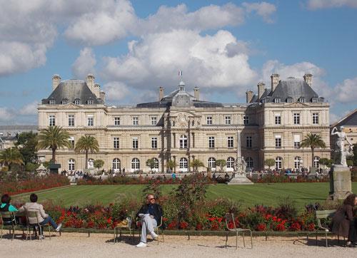 Le Palais du luxembourg - La façade sur le parc