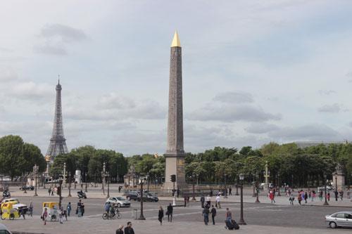 La place de la Concorde - L'obélisque de Louxor