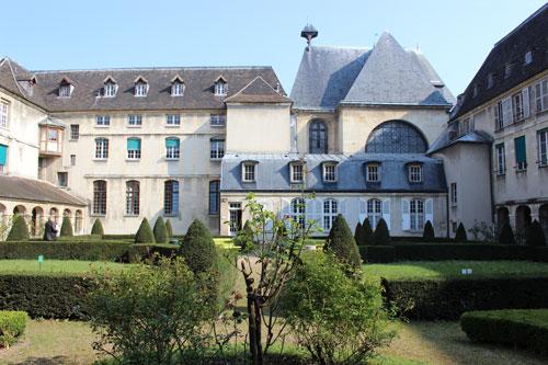 L'abbaye de Port-Royal - Le cloître
