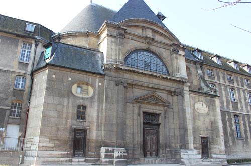 L'abbaye de Port-Royal - Le portail de la chapelle