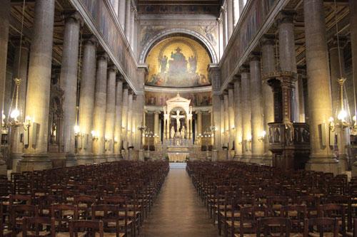 L'église Saint-Vincent de Paul - La nef