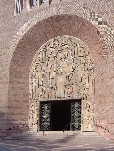 L'église Sainte-Odile - Le porche
