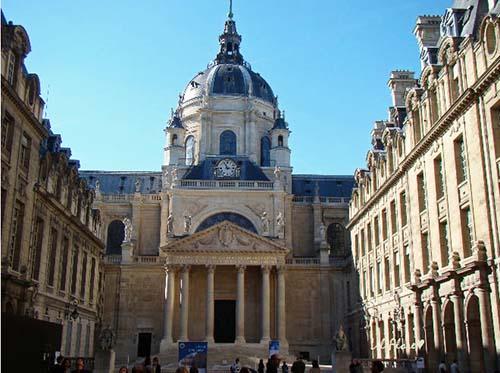La chapelle de la Sorbonne - La seconde entrée sur la cour intérieure