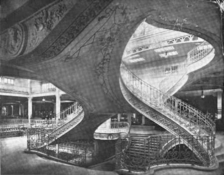 Les Grands Magasins Dufayel - Les escaliers de style Art nouveau
