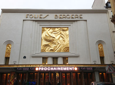 Les Folies-Bergère : la façade Art déco