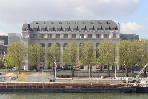 Les Grands Moulins de Paris - Façade sur la Seine