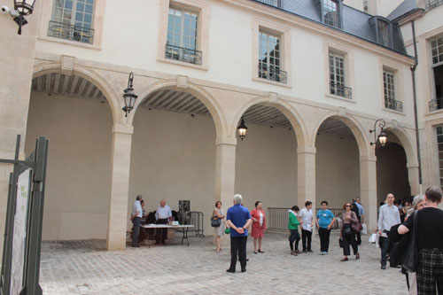 L'hôtel de Mayenne - la galerie à arcades