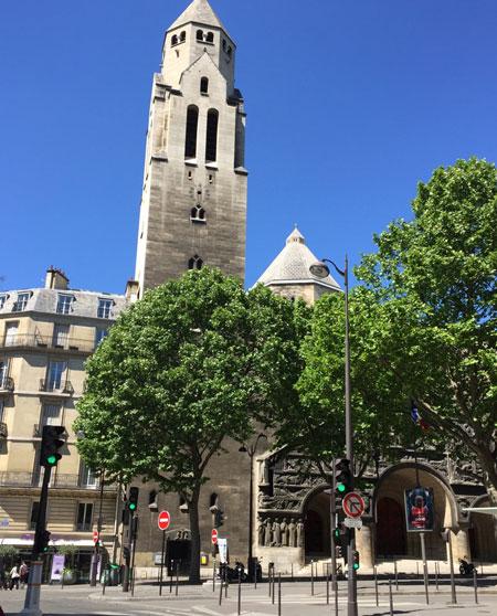 L'église Saint-Pierre de Chaillot : la tour-clocher