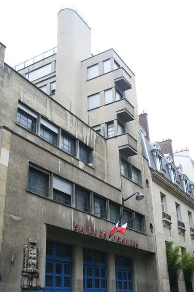 Caserne de pompiers, rue Mesnil