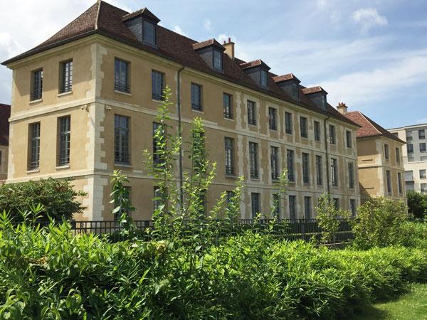 Bâtiment de l'ancien hôpital Laennec