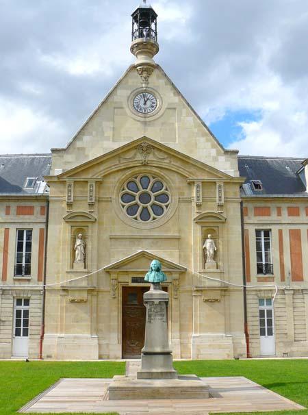 L'hôpital Laennec - La chapelle du XVIIe siècle