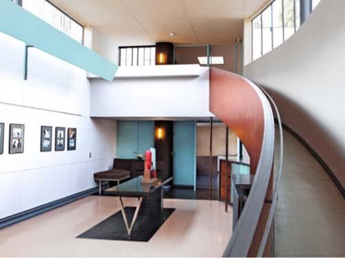 La villa La Roche - Le salon-galerie