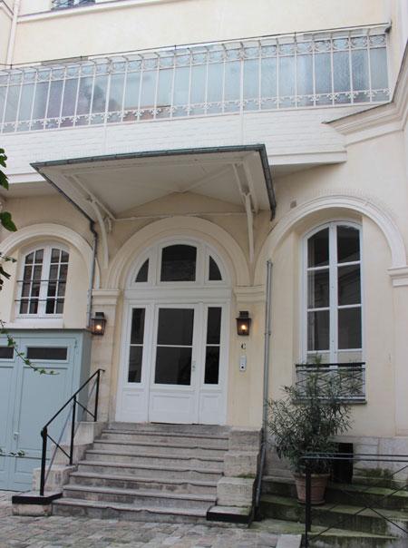 L'hôtel Cardon - L'entrée actuelle, qui est en fait l'ancienne entrée de service