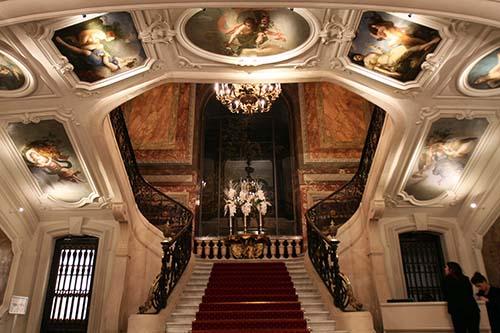 L'hôtel Le Marois - Le grand escalier