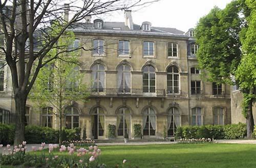 L'hôtel de Seignelay - Façade sur jardin