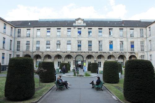 L'hôpital Necker - le carré historique