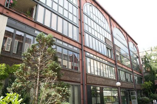Halle industrielle, rue de la Roquette