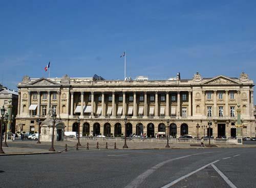Les hôtels de Coislin, Moreau-Desproux, Rouillé de l'Etang et d'Aumont.