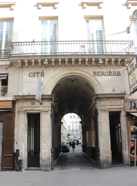 La cité Bergère - Entrée rue du faubourg Montmartre
