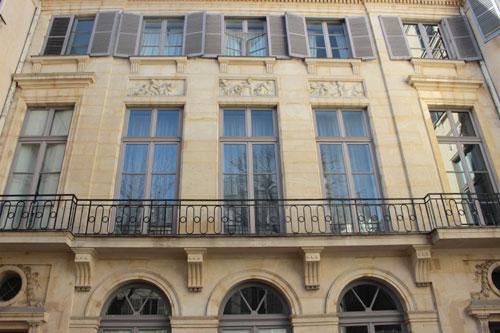 L'hôtel de Luzy - Façade sur cour