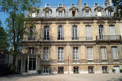 L'hôtel de Montesquiou - Façade sur jardin