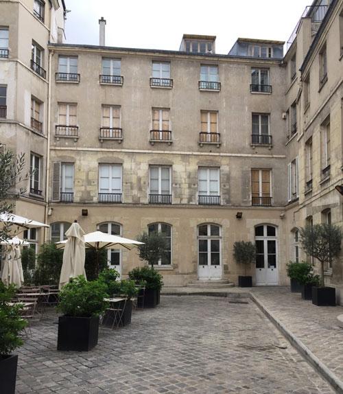 Le musée Maillol : la cour intérieure