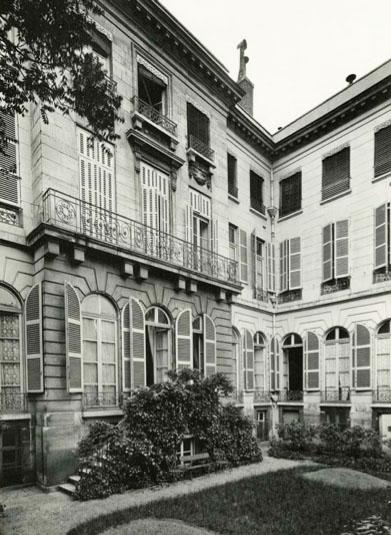 L'hôtel de Bérulle - La façade sur jardin