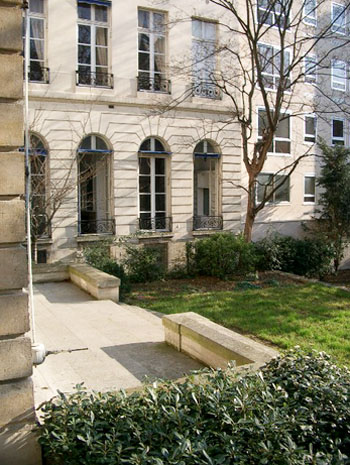 L'hôtel de Bérulle - L'aile en retour sur le jardin