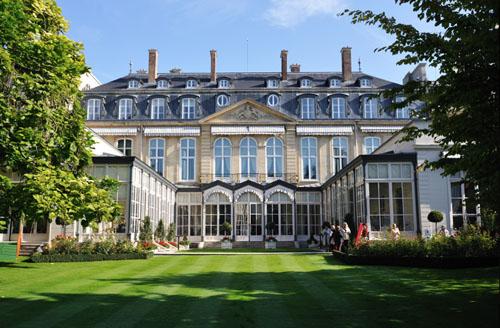 L'hôtel de Bethune-Charost - Façade sur le jardin