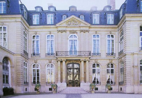 L'hôtel de Bethune-Charost - Façade sur cour