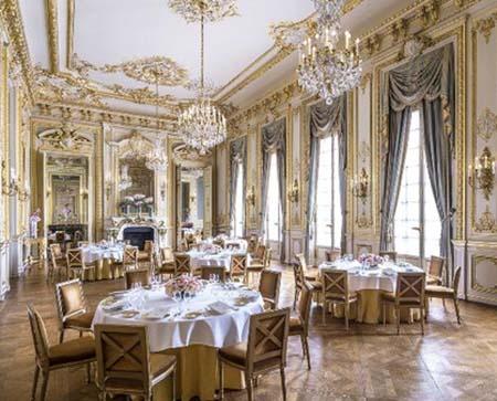 L'hôtel Shangri-La - La salle à manger