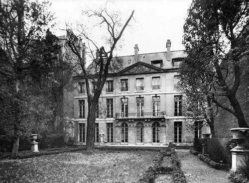 L'hôtel de Cavoye - Façade sur jardin