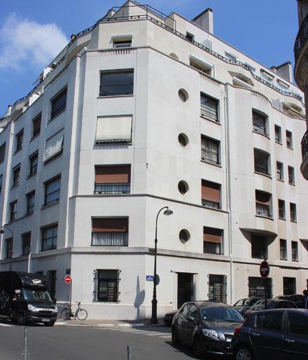 Immeuble d'habitation - Angle rue de Franquevill et rue Eugène Labiche