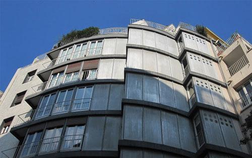 Immeuble d'habitation rue Jean de Beauvais - La façade