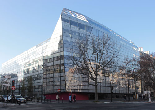 L'Institut Imagine - Façade et entrée boulevard du Montparnasse