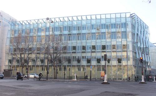 Le pôle Mère-Enfant Laennec - Le premier bâtiment, façade sur le boulevard du Montparnasse