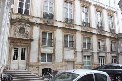 L'hôtel d'Aguessau - L'aile droite datant du XVIIe siècle