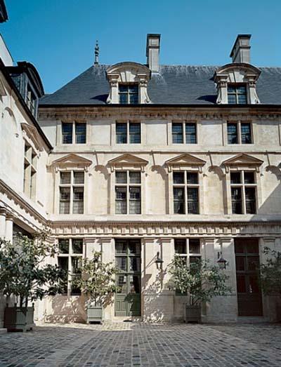 L'hôtel Passart - La façade sur cour